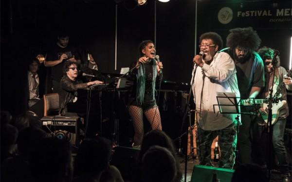 Sorpresa: Charly llenó de rock la noche de Punta