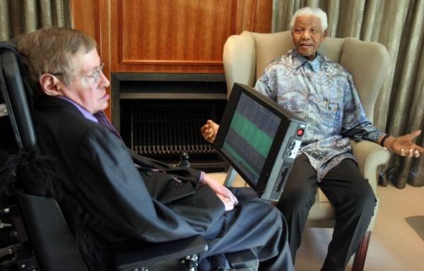 Con Nelson Mandela en 2008 (DENIS FARRELL / AFP)