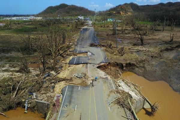 Destrucciín en San Juan de Puerto Rico tras el paso del Huracán María || AFP