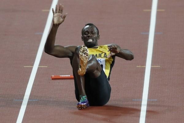 Usain Bolt lesionado en la final de 100 metros del Mundial de Atletismo || AFP