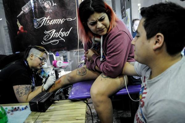 5ª Convención de Tatuajes en el atrio de la Intendencia de Montevideo || Javier Calvelo / adhocFOTOS