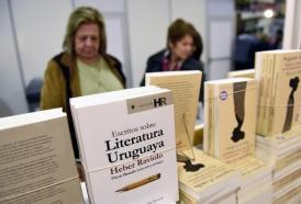 """Portal 180 - """"Crear vale"""", escritores uruguayos contra ley de fotocopias"""