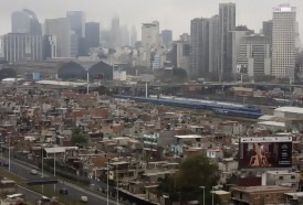 Portal 180 - De cara a la riqueza de Buenos Aires se urbaniza la emblemática Villa 31