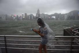 Portal 180 - Tifón Hato deja tres muertos en Macao después de azotar Hong Kong