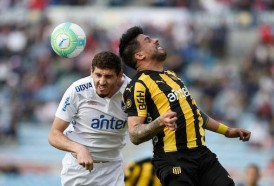 Portal 180 - Nacional y Peñarol discuten el decanato con los nombres de las fechas del torneo