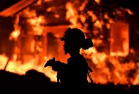 """Portal 180 - """"Catastróficos"""" incendios en California no ceden"""