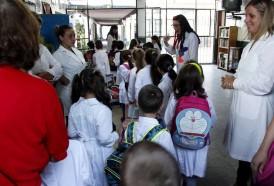 Portal 180 - Escuelas de Tiempo Completo no mejoran trayectoria educativa