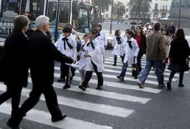 """Portal 180 - """"Alto porcentaje"""" de escolares cruza la calle a mitad de cuadra y sin mirar"""