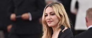 Portal 180 - Madonna pidió bloquear subasta de sus efectos personales