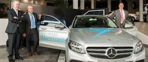 Portal 180 - Mercedes-Benz presentó su nuevo modelo C 300 Hybrid, un lujoso híbrido único en Uruguay