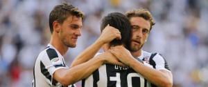 Portal 180 - Juventus y Napoli iniciaron con triunfos su carrera por el 'Scudetto'