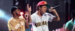 Portal 180 - Bruno Mars, artista del año de los American Music Awards