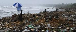 """Portal 180 - """"Isla de basura"""" en Caribe hondureño, un testimonio de catástrofe ambiental"""