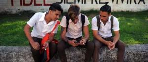 Portal 180 - Cuba autorizó envío de SMS a EEUU, un viejo reclamo