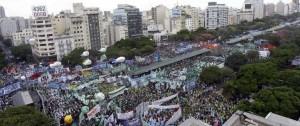 """Portal 180 - Moyano y Cristina muestran fuerza contra las políticas de Macri """"que hambrean a la gente"""""""
