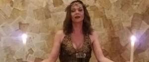 Portal 180 - Una Jesús transgénero vuelve a predicar en el Solís