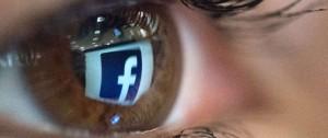 Portal 180 - Excusas de Zuckerberg no calman la tormenta para Facebook