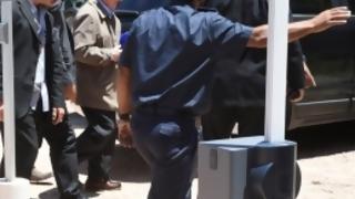Figueredo obtiene la libertad provisional mientras espera condena | 180