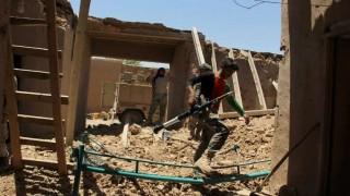 Mueren dieciséis policías afganos en un ataque aéreo estadounidense | 180