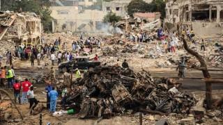 Al menos 276 muertos y 300 heridos en atentado en Mogadiscio | 180