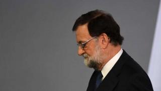 Rajoy pide cesar al gobierno catalán y convocar elecciones en seis meses | 180
