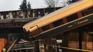 Un tren se descarrila en EEUU y deja varios muertos | 180