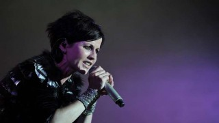 Murió Dolores O'Riordan, cantante de The Cranberries | 180