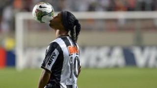 Ronaldinho se retira del fútbol | 180