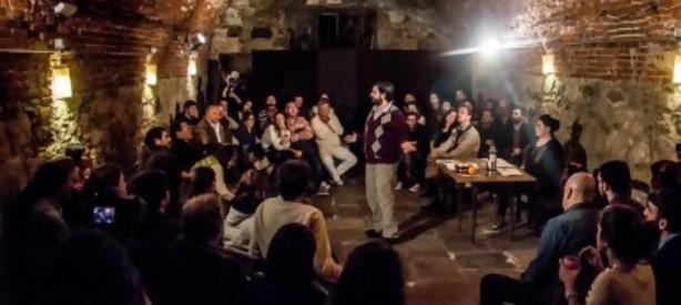 """Portal 180 - Falta grave: una cooperativa de vivienda """"decide"""" en el teatro"""