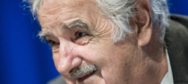 Portal 180 - Mujica's stand up