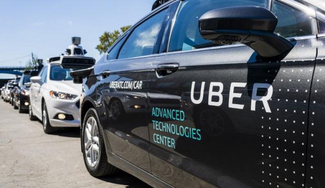 Uber desafía al gobierno de California y mantiene autos sin conductor