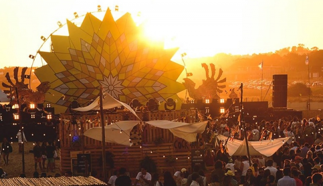Multa millonaria por destrucción de dunas en fiesta Corona Sunset