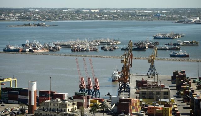 Cinco procesados por robo de grúa en el Puerto