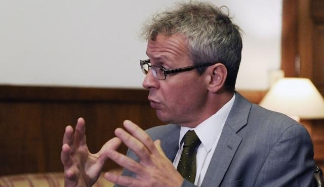 Briozzo pidió destituir a la jueza que suspendió un aborto