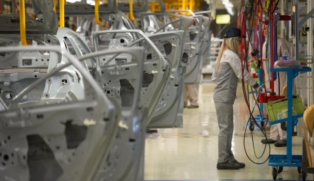 Peugeot y Citroen ensamblarán coches utilitarios en Uruguay