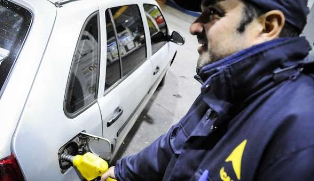 Ancap anunció normalización de distribución de combustibles
