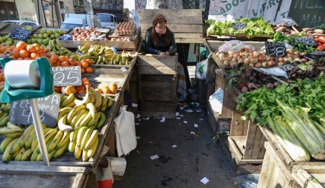 Inflación cae a 6,7% y se ubica dentro del rango meta del gobierno
