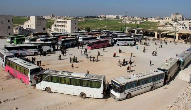 Siria retoma la evacuación tras el atentado que dejó más de 120 muertos