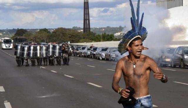 Indígenas latinos denunciaron en Brasil ofensiva contra sus tierras y sus derechos