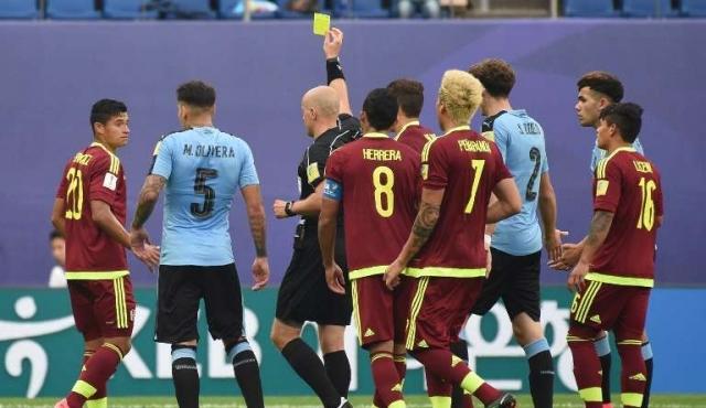 Castrilli culpa al juez por la eliminación de Uruguay
