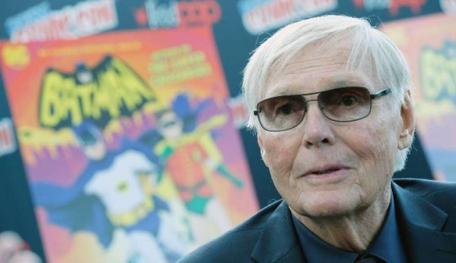 "Adam West, actor de la serie ""Batman"", muere a los 88"
