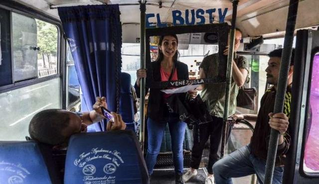 El Bus TV, un noticiero en vivo para informar a los venezolanos