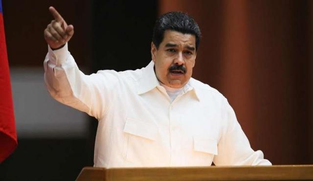 """Gobierno venezolano denuncia """"persecución"""" de Twitter contra cuentas chavistas"""
