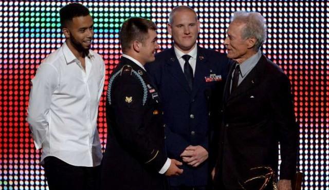 Clint Eastwood convocó a tres héroes de la vida real para que se interpreten a sí mismos