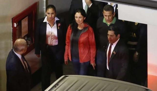 Justicia dicta prisión preventiva a expresidente Humala y su esposa