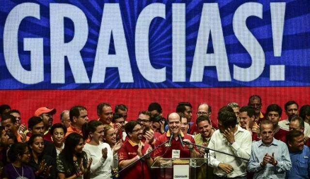Más de siete millones votaron contra Maduro
