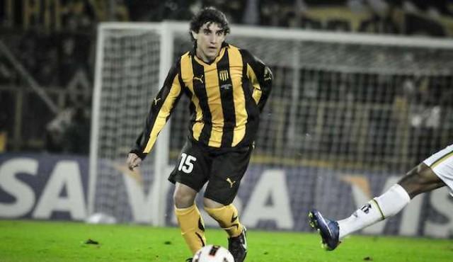 Corujo se marchó de San Lorenzo y regresó a Peñarol