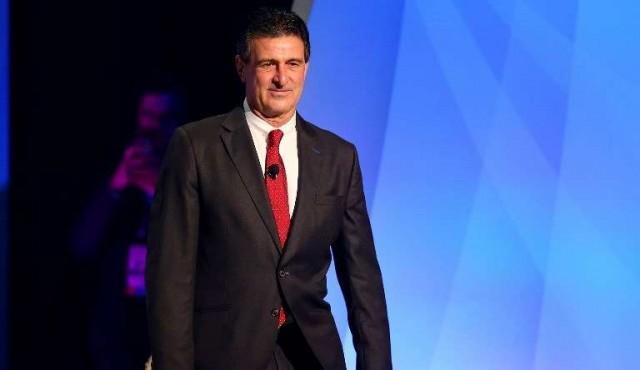 """Kempes critica a Maradona por ofrecerse como """"soldado"""" de Maduro"""