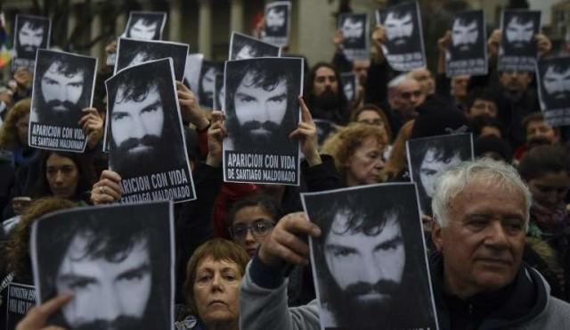 Argentina: gobierno toma distancia de Gendarmería en caso Santiago Maldonado