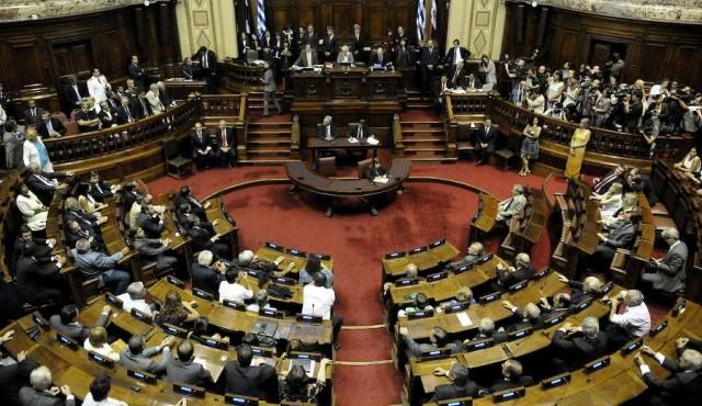 Cuarto intermedio antes de la renuncia de Sendic